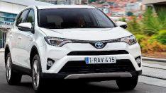 Toyota'nın ilk hibrid SUV'u