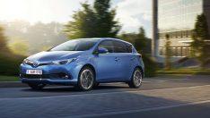 Toyota Auris Hybrid'le Avrupa'da atakta