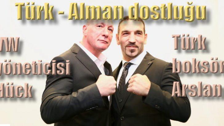 VW yöneticisi ile Türk boksör ringe çıkıyor!