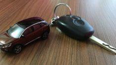 Dövizdeki kur artışları sıfır araçlarda fiyatları uçurdu!