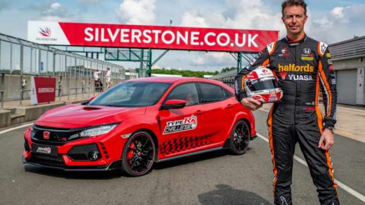Honda Civic Type R Silverstone'da3'üncü rekorunu kırdı