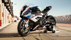 BMW ilk kez motosiklette kullandı