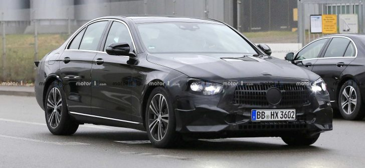 Mercedes-Benz E Serisi Sedan'dan ilk görüntü
