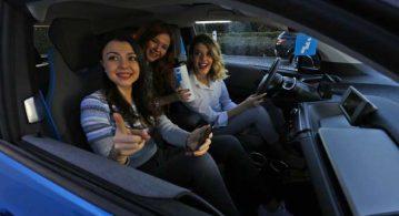 Kadınlara saati 1 TL'ye elektrikli otomobil deneyimi