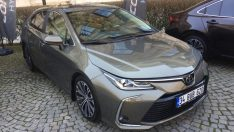 Hibrit Corolla Türkiye'de!