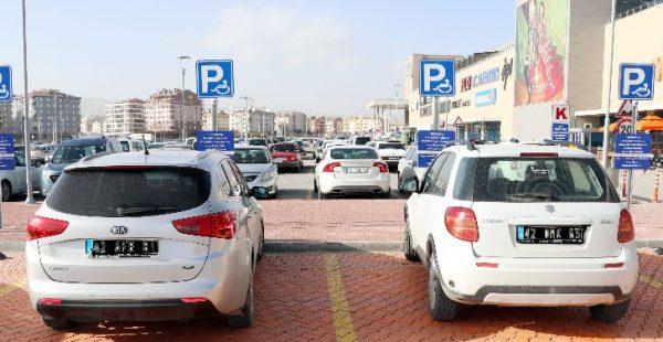 Engellilerin park yerini işgal edenlere büyük ceza!