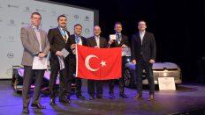PSA Türkiye servis danışmanları Dünya Kupası'nı kaldırdı!