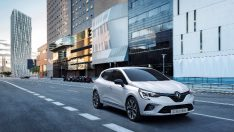 Renault, Brüksel'de hibrit modellerini tanıtıyor