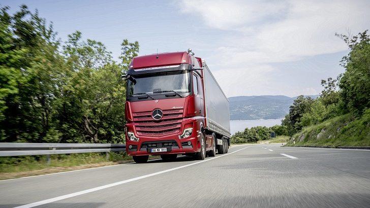 Mercedes-Benz, 2021 yeniliklerini sunmaya başlıyor
