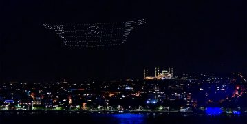 Hyundai Tucson ışığıyla İstanbul'u aydınlattı