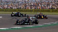 Hamilton kazandı, Bottas üçüncü oldu