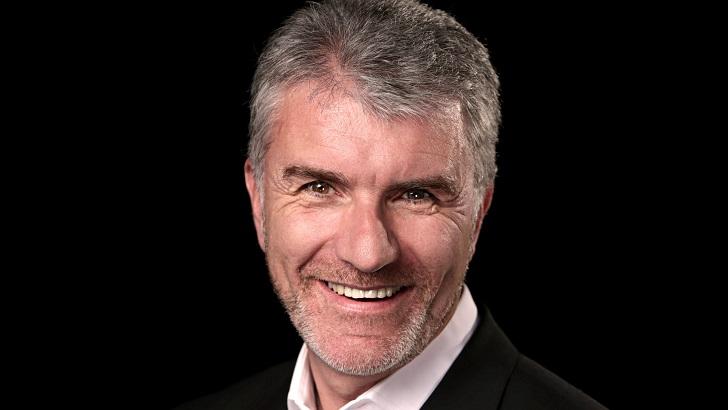 Opel tasarım başkan yardımcısı Mark Adams Eurostar 2021 seçildi!
